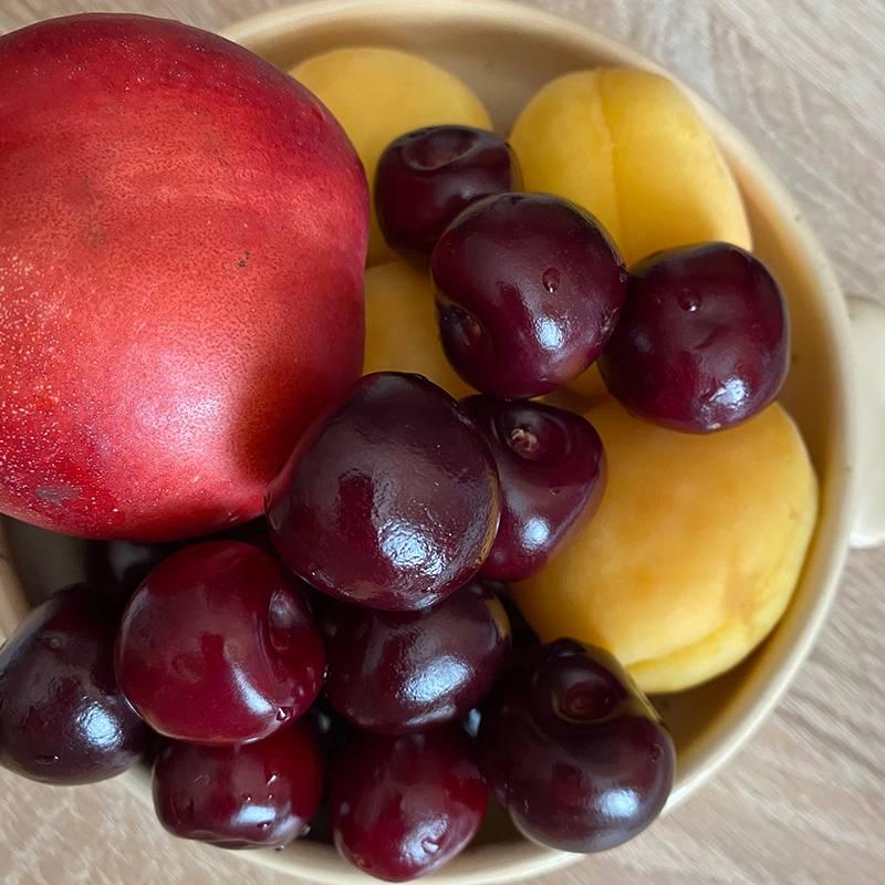 Летом всегда очень хочется фруктов