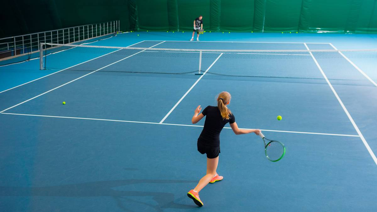 Сколько стоит заниматься большим теннисом в Москве