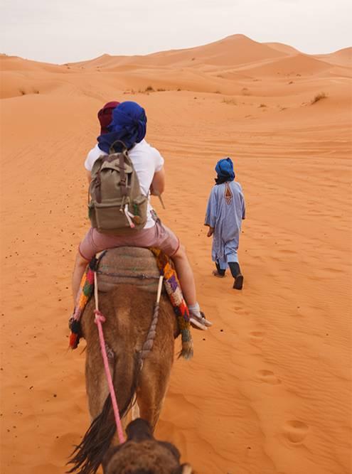 Берберы специально надевают традиционную одежду, чтобы туристы получили аутентичный опыт