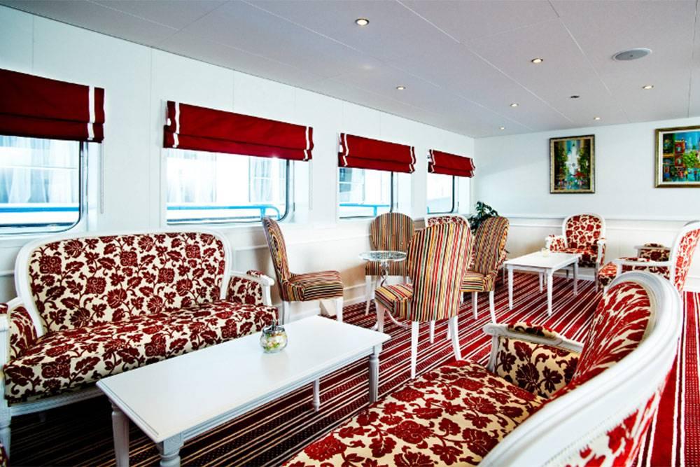 Это комната отдыха на «Княжне Виктории»