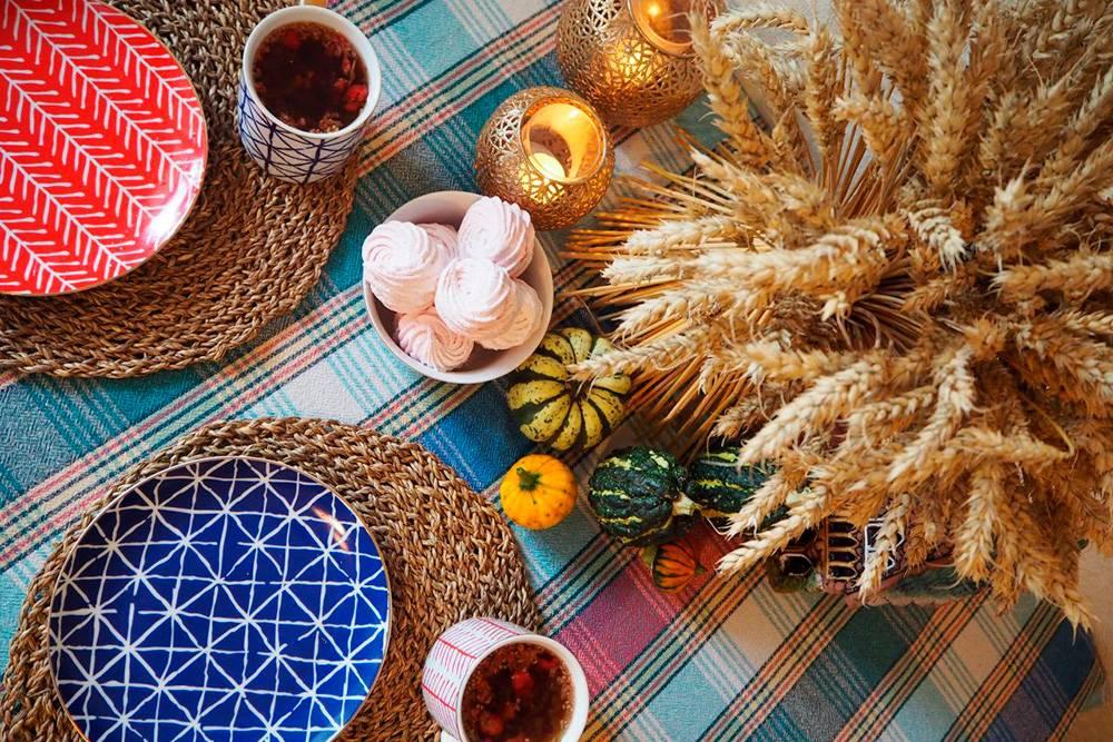 Посуду из Турции везти тоже выгодно. Например, посуда турецкой марки Karaca стоит в два-три раза дешевле, чем в фирменном магазине в Воронеже. Купили несколько тарелок, салатников и кружек, теперь с удовольствием пользуемся дома