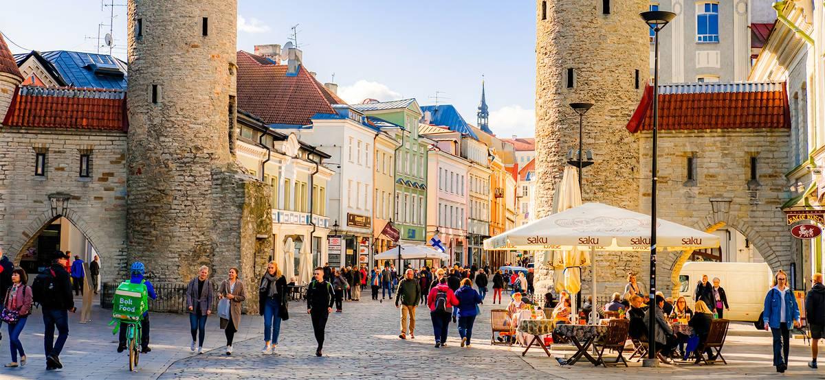 Эстония разрешила въезд иностранцам, привитым любой вакциной от COVID-19