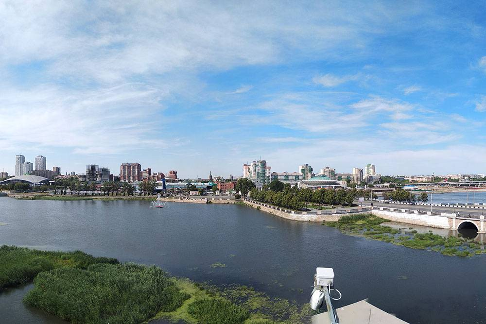 Река Миасс, вид с крыши краеведческого музея