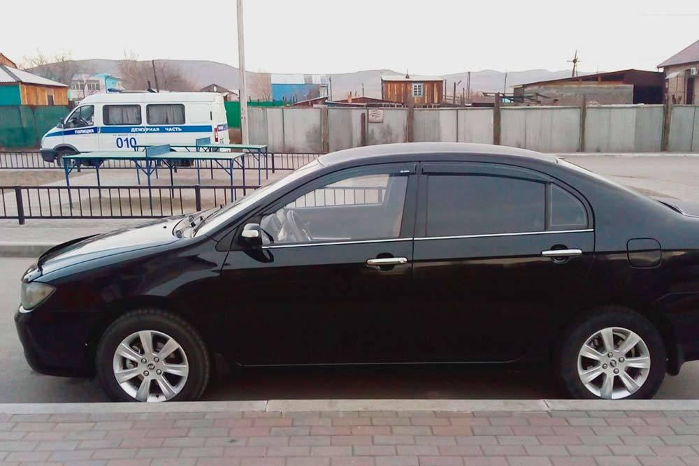 Мой автомобиль — Лифан Солано 2013 года. Говорят, что внешне он похож на старую Тойоту Короллу