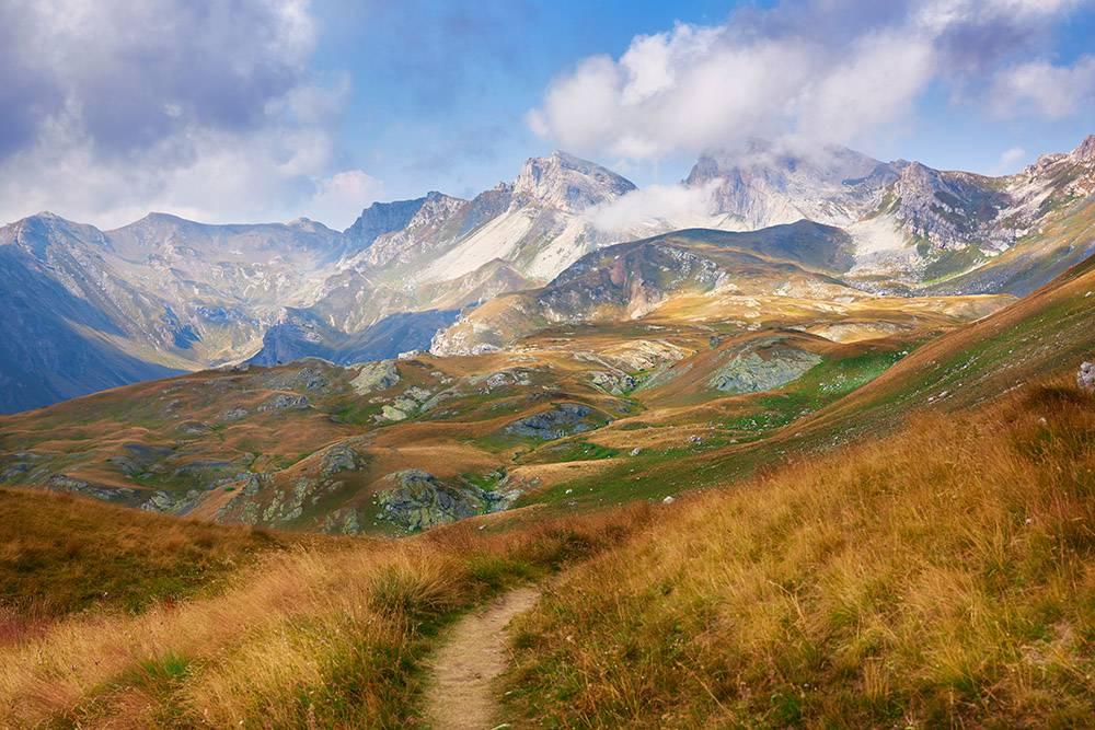 Высочайшие вершины Маврова. Источник: jordeangelovic / Shutterstock
