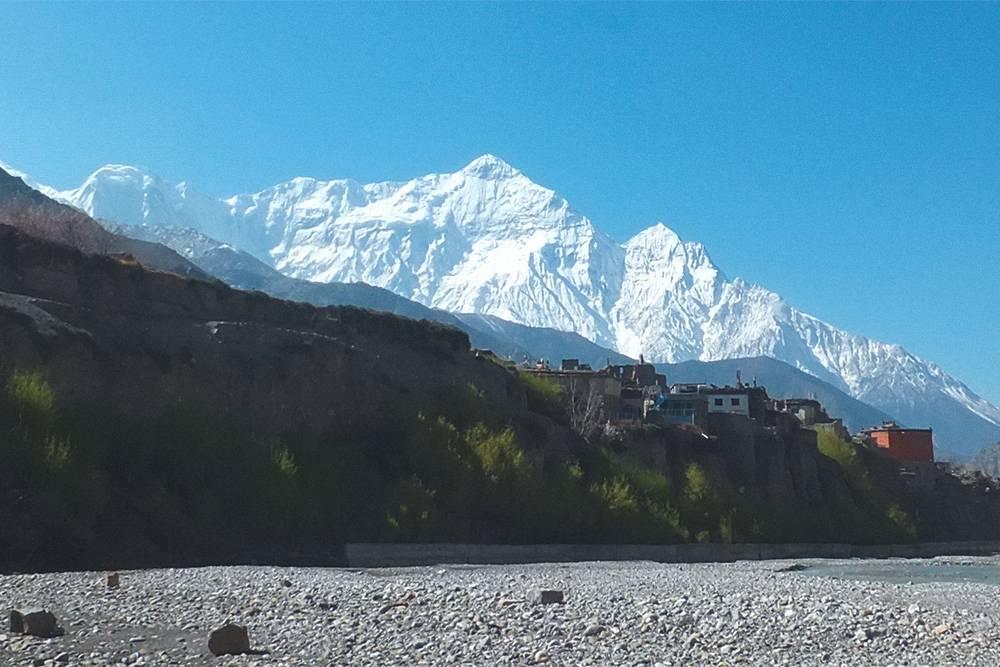 Обычный для Непала пейзаж