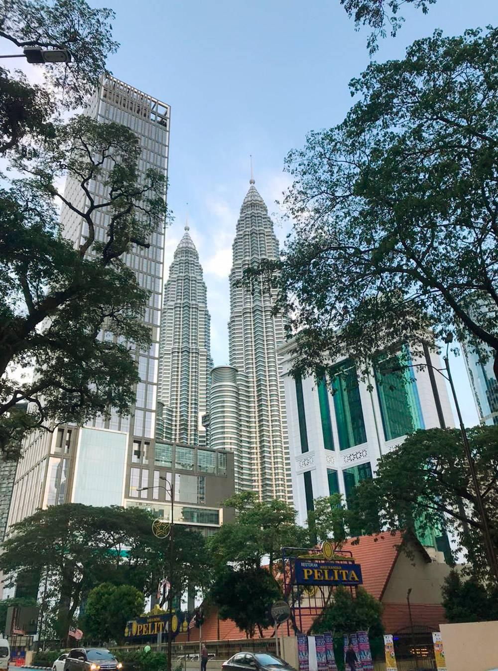 Башни-близнецы «Петронас» — главная достопримечательность Куала-Лумпура