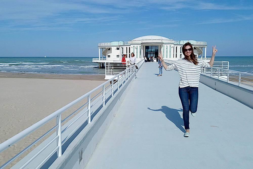 Чаще всего мы бываем на Адриатическом море в Сенигаллии. Там широкие песчаные пляжи. Многие можно посетить бесплатно