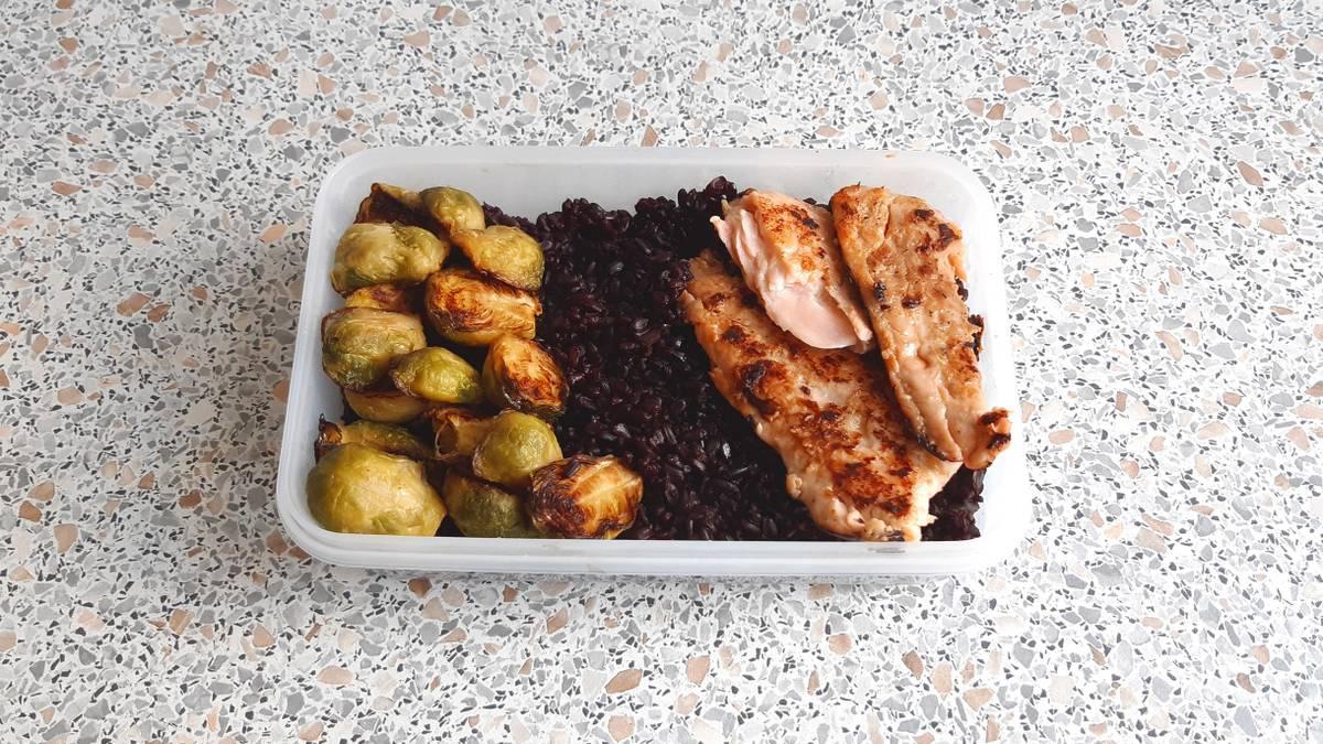 Как начать готовить еду с собой и не забить