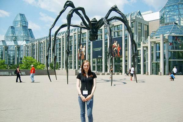 А это я во время поездки на конференцию Women's Worlds в Оттаве в 2011году