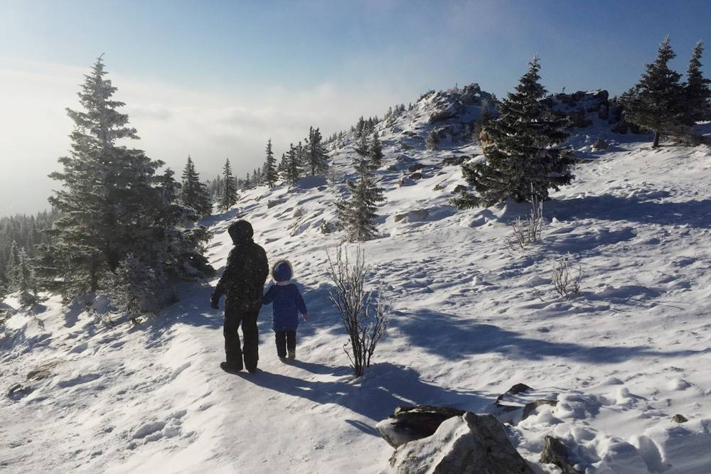 По экотропе до вершины хребта Зюраткуль дойдет даже 5-летний ребенок