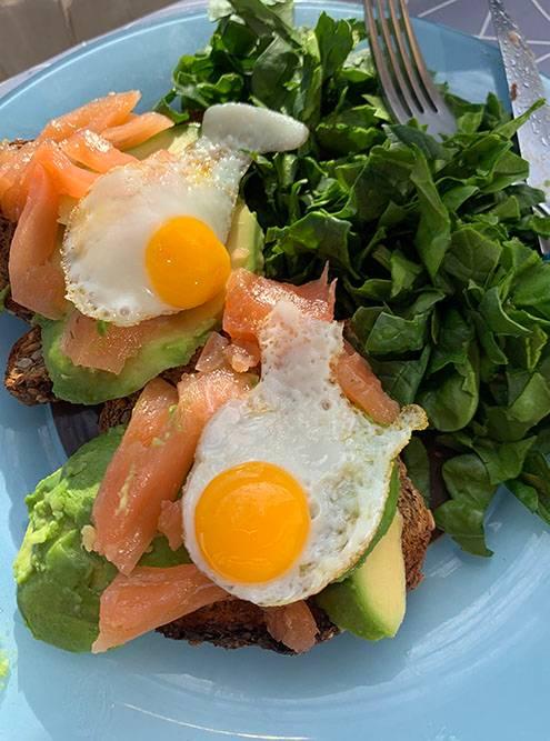 Здоровый испанский завтрак