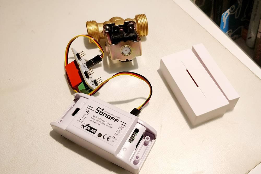 Лишние модули, которые я купил для моего умного дома: модуль управления светом, электромагнитный клапан и релейный блок. Потратил на них чуть больше 2 тысяч рублей. Буду думать, как их применить: подарю или продам на «Авито»