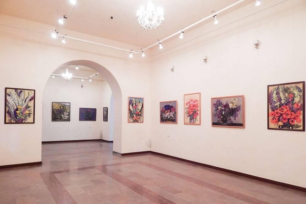 В фондах картинной галереи находятся более 26 тысяч произведений искусства. Источник:Agentika
