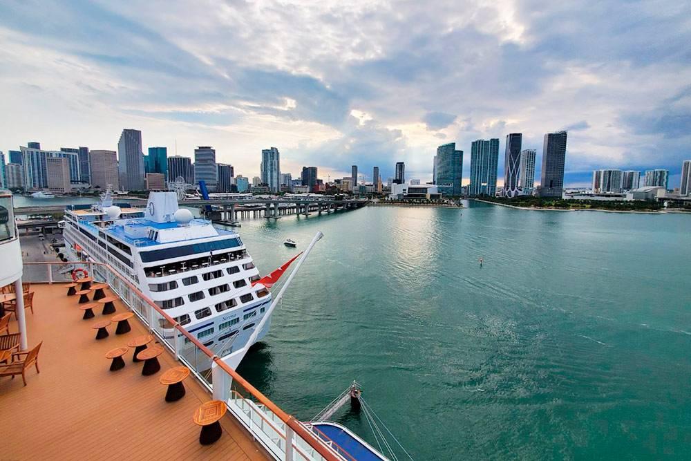 Когда мыотплывали отМайами, сверхней палубы открывался удивительный вид