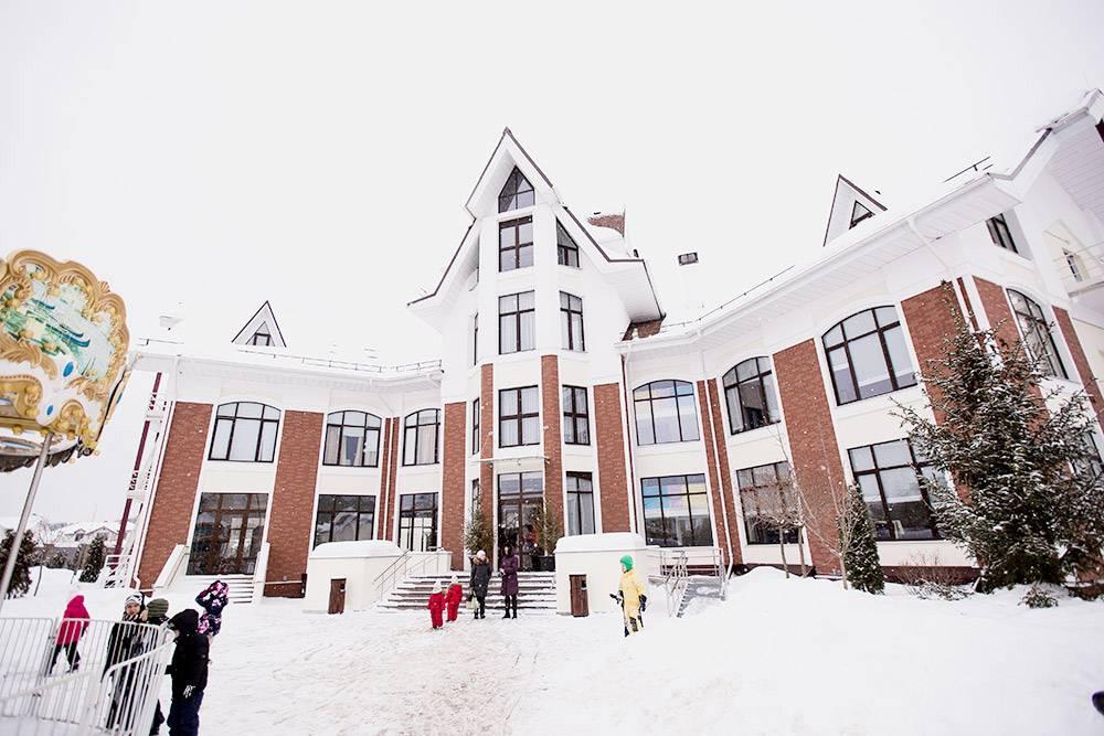 Здание детского сада в Александровском. Жанна сама придумала концепцию здания — его построили с нуля за два года