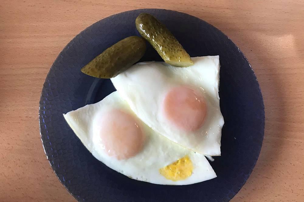 На завтрак яичница
