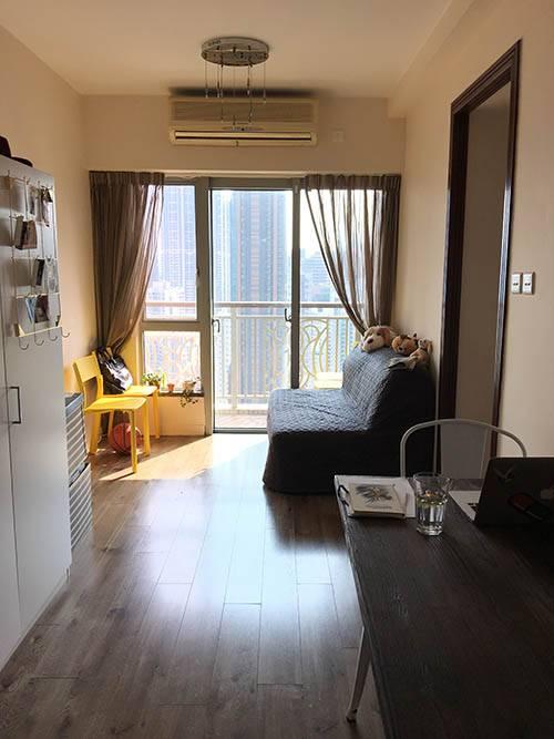 Коридор-гостиная во второй нашей квартире в Гонконге