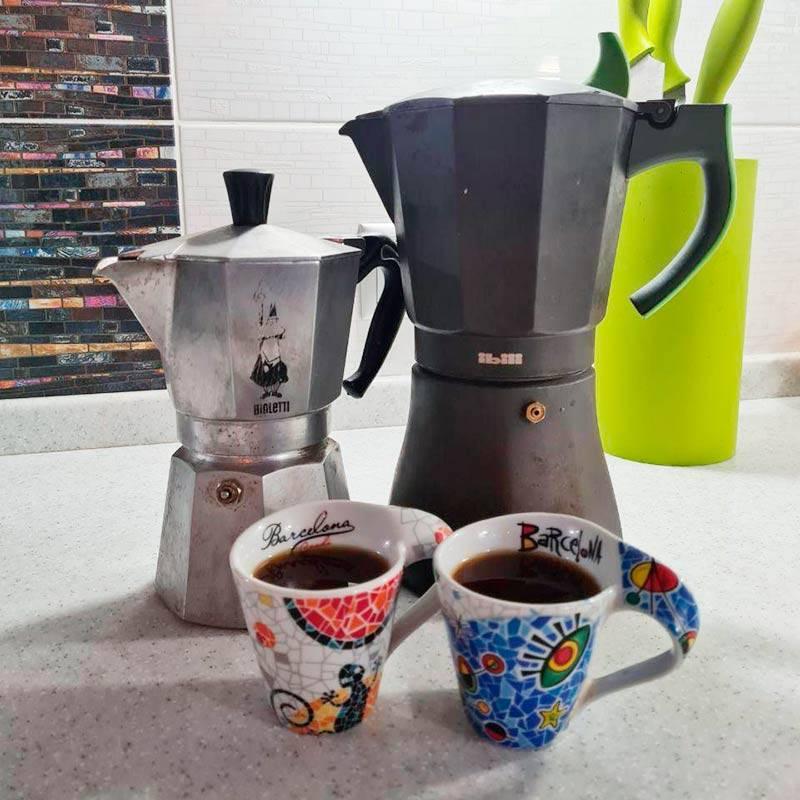Кофеварки илюбимые кофейные чашки изБарселоны