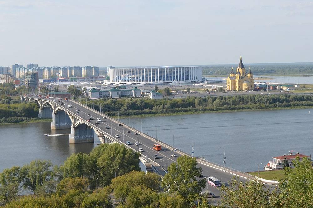 Мост через Оку, новый стадион и собор Александра Невского