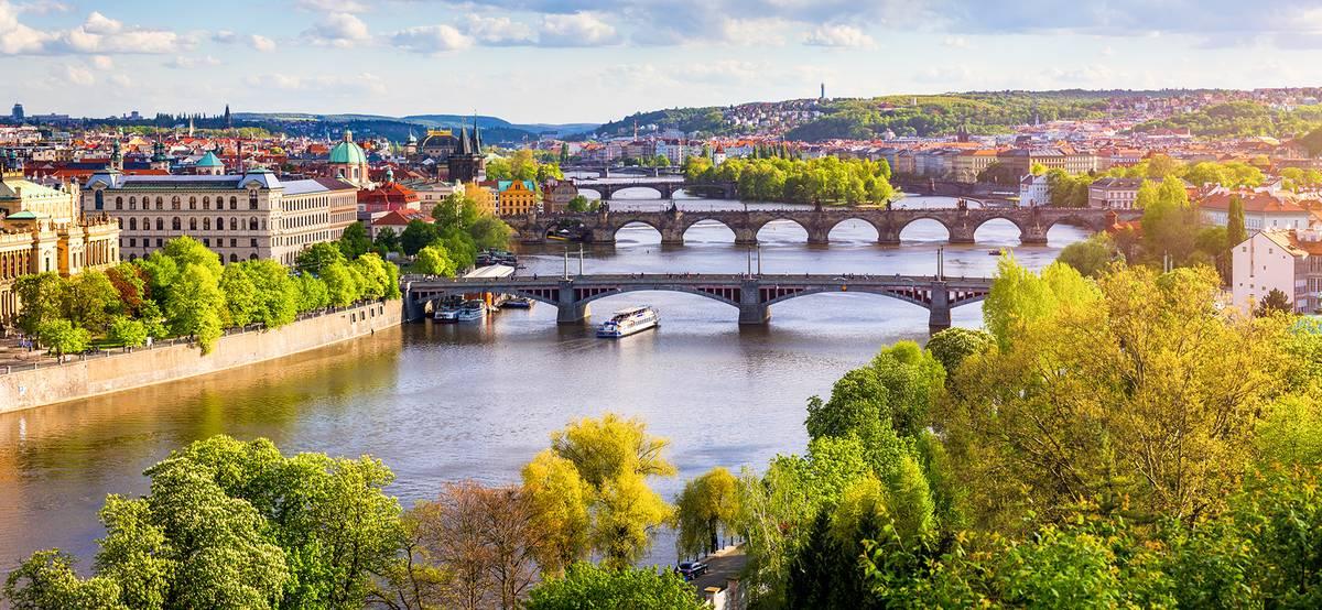 Россия снимет ограничения на полеты в Чехию и Доминикану и добавит рейсы еще в пять стран