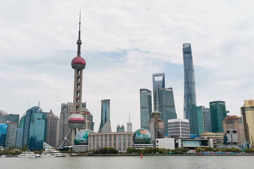 Знаменитый открыточный вид на набережную Шанхая