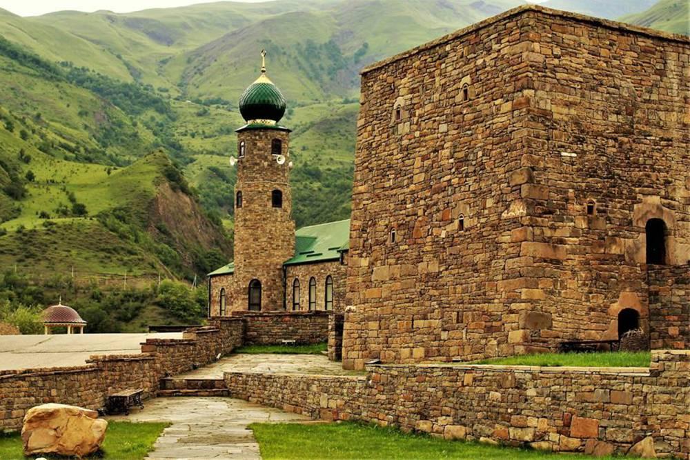 Башенный комплекс с основным зданием музея и мечетью. Источник: официальный сайт музея