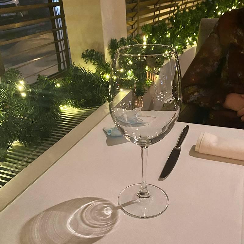 В ресторане