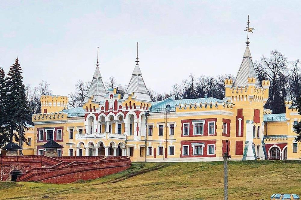 Замок в Кирицах