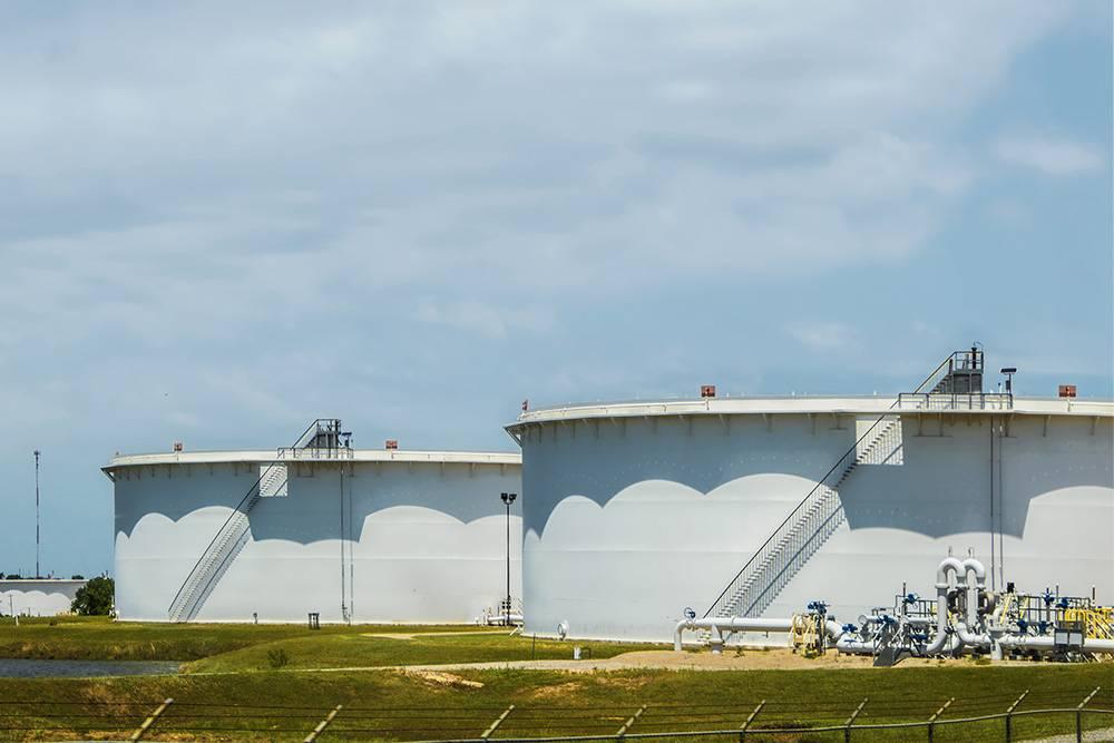 Нефтехранилища США в Кушинге. Источник: Svineyard / Shutterstock