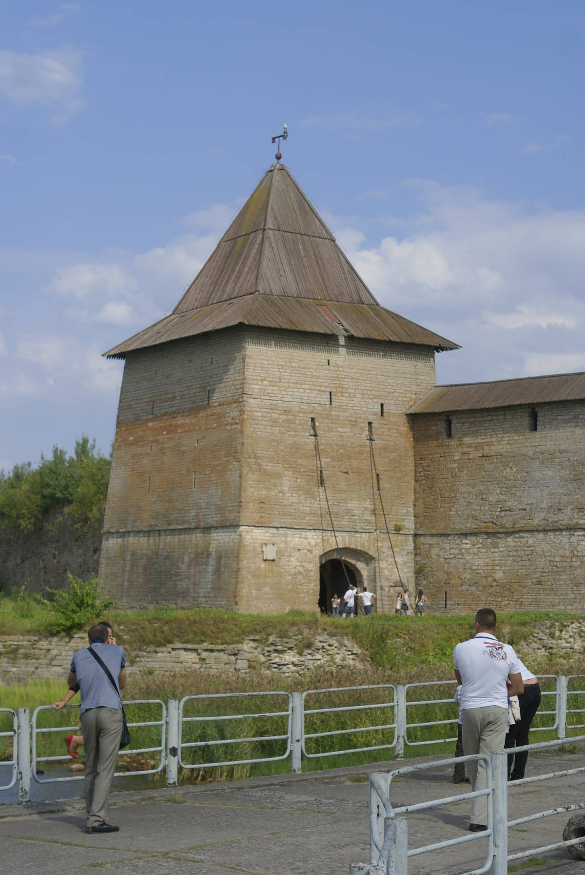 Вход в крепость Орешек