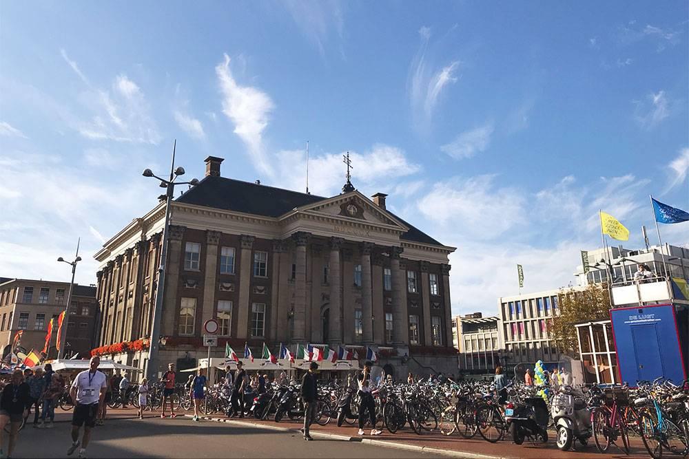 Одна из главных площадей Гронингена — Гроте маркт