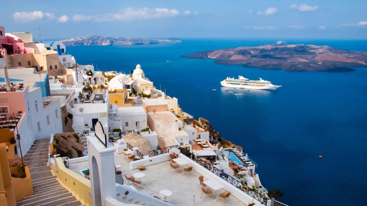 В Греции начали продавать круизы по островам