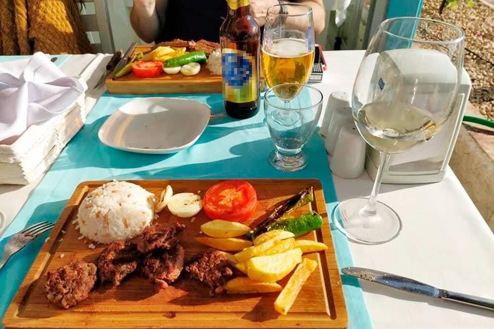 В кафе я ем редко и заказываю европейские блюда