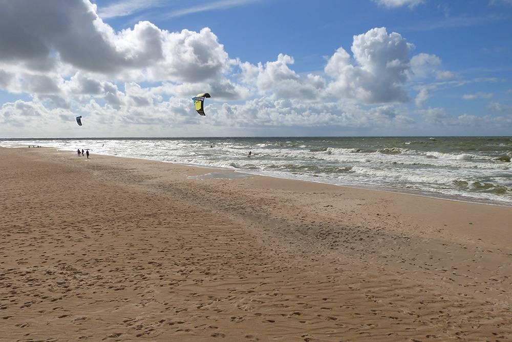 Нашелся смельчак, который решил искупаться в Балтийском море в середине сентября