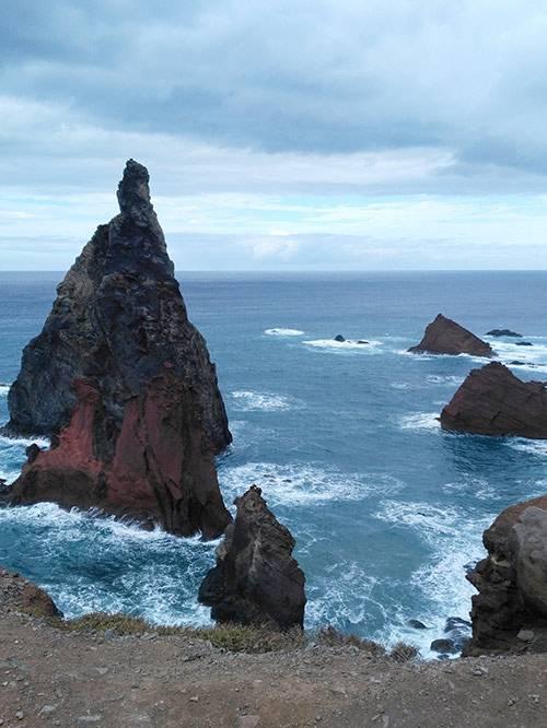 Мадейра — компактный остров. Утром можно посмотреть на Атлантический океан, а в обед забраться в горы
