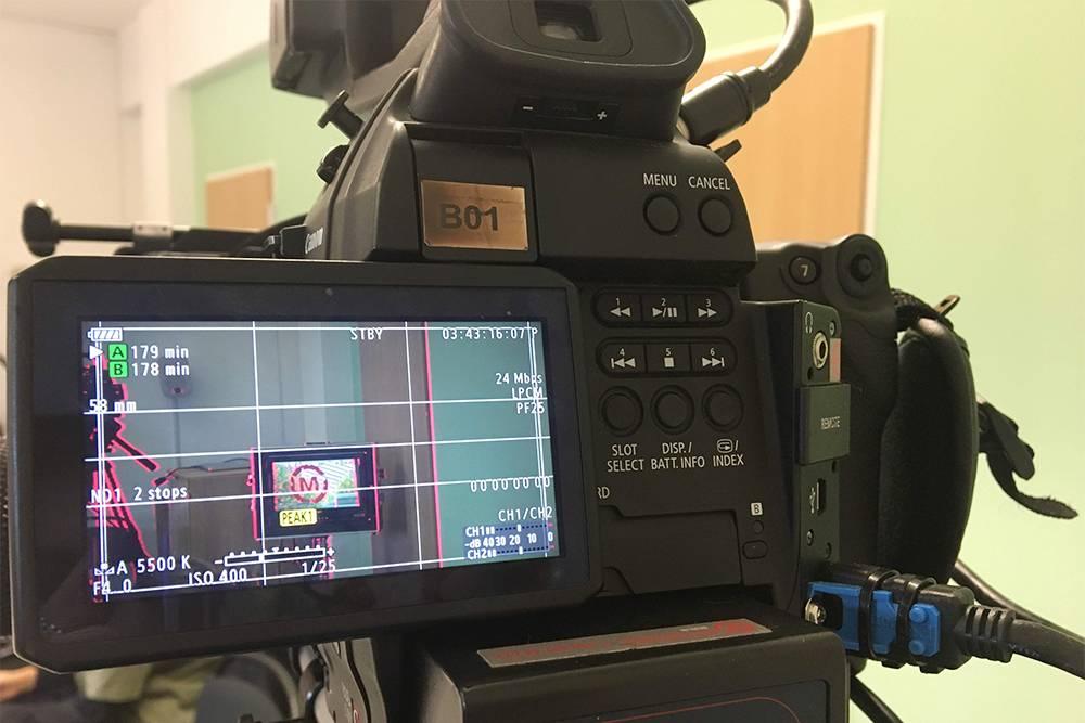 Дляучебы нам выдали камеры Canon C100