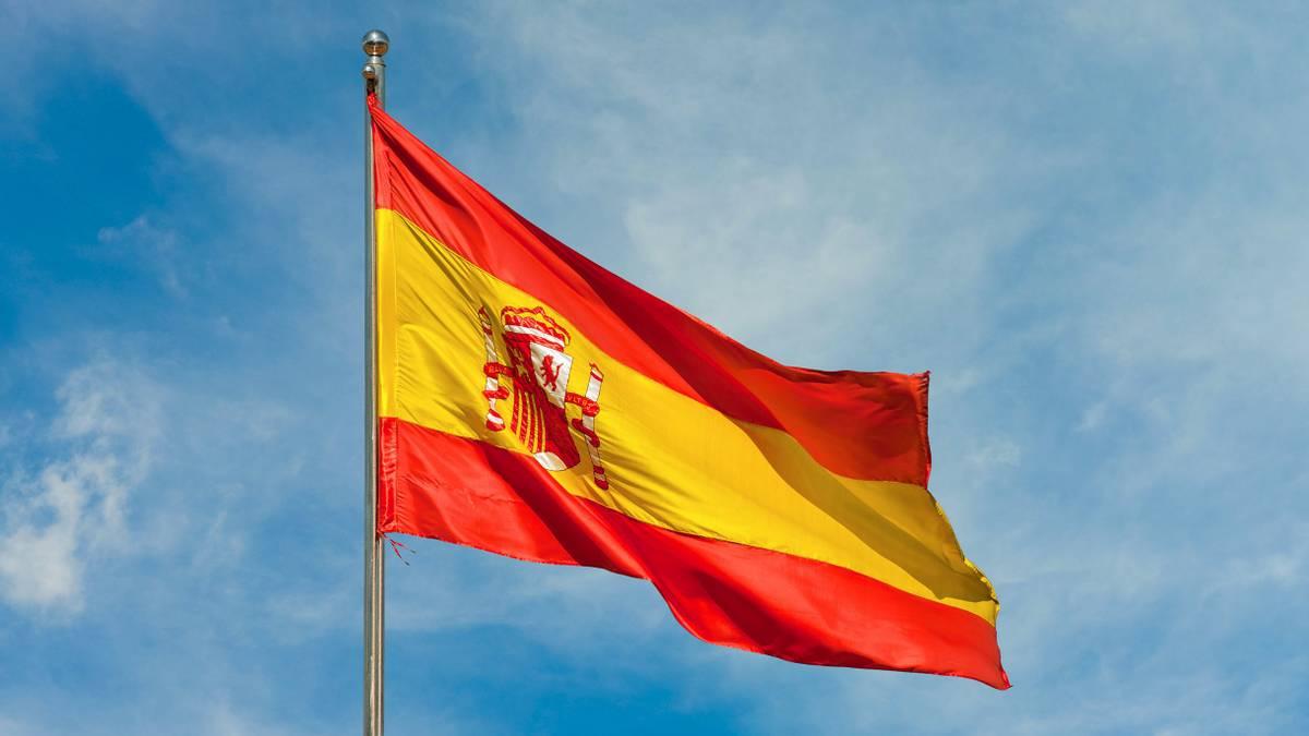 Консульство Испании заменит туристические визы с истекшим сроком действия на новые