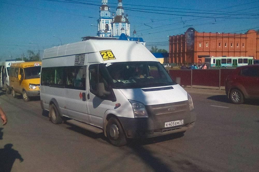 Маршрутки в Ульяновске — основной вид транспорта. Фото: группа «Ульяновск-онлайн» во Вконтакте