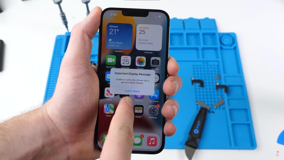 «Подтвердить подлинность экрана iPhone не удалось». Источник: YouTube-канал Phone Repair Guru