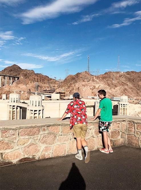 Дамба Гувера — главная плотина в США
