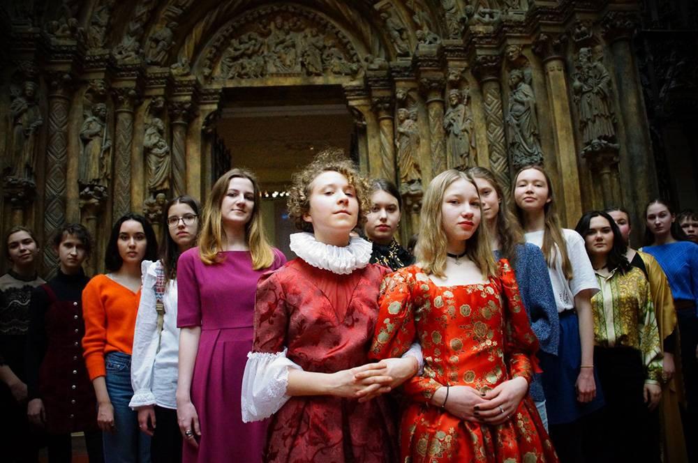 Каждый год 11 марта студенты «Пушкинского.Youth» занимают места экскурсоводов и знакомят посетителей с жизнью и произведениями Пушкинского музея