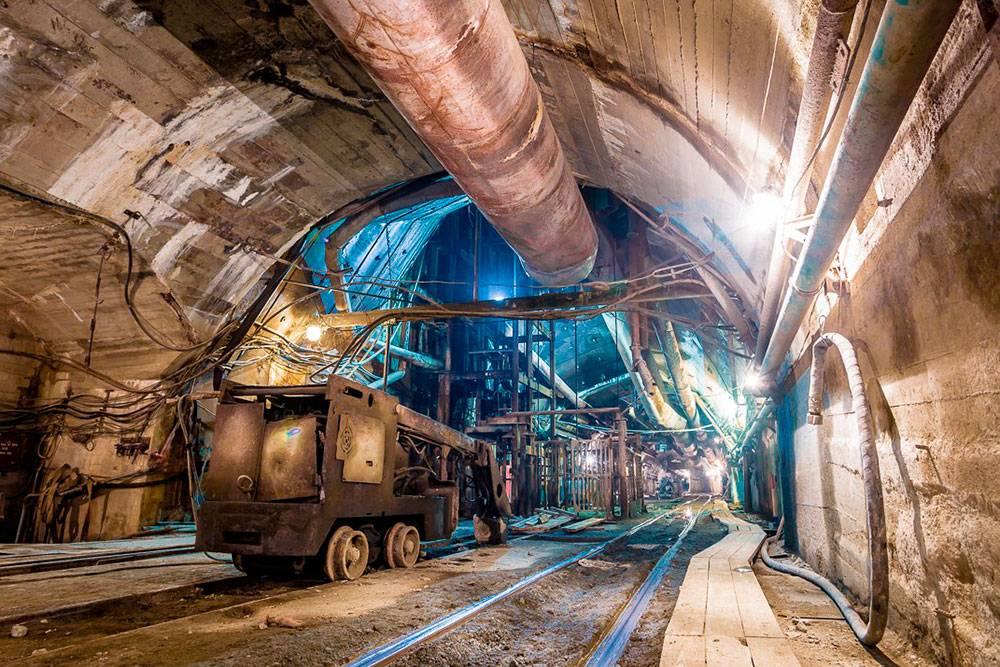 А так выглядит метро изнутри. Как видите, ни одного челябинца тут нет. Источник: Роман Игнатьев