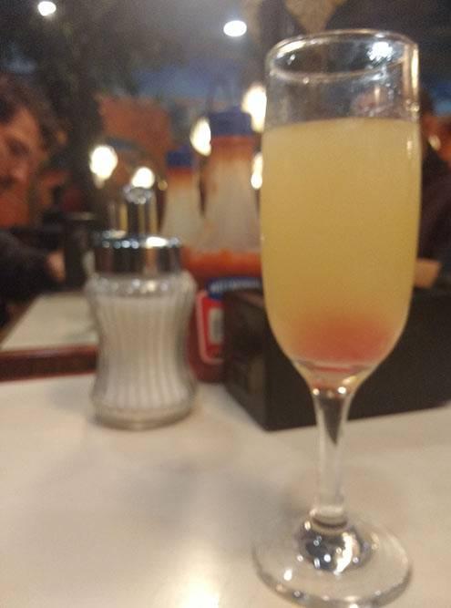 Писко сауэр — коктейль изсока винограда илайма