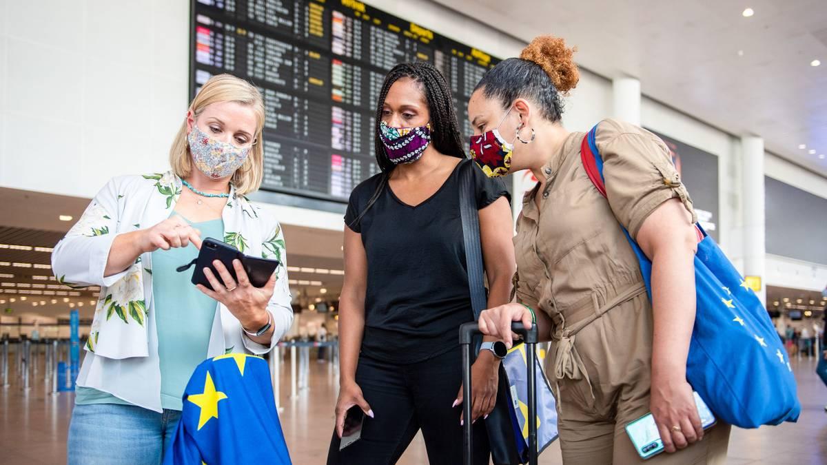 В Евросоюзе планируют ввести сертификаты дляпутешествий во время пандемии