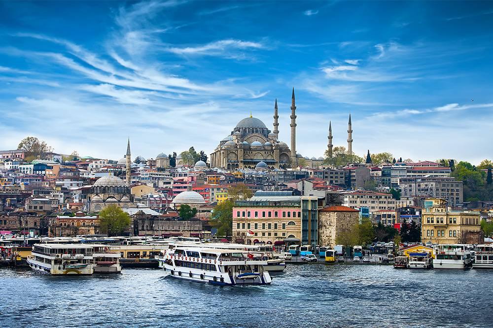 Многие успевают осмотреть Стамбул по время пересадки