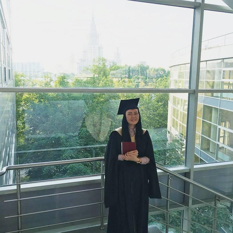 Я во время вручения диплома