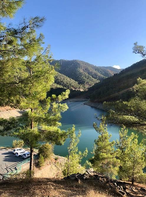 Водохранилище Ксилиатос в середине октября