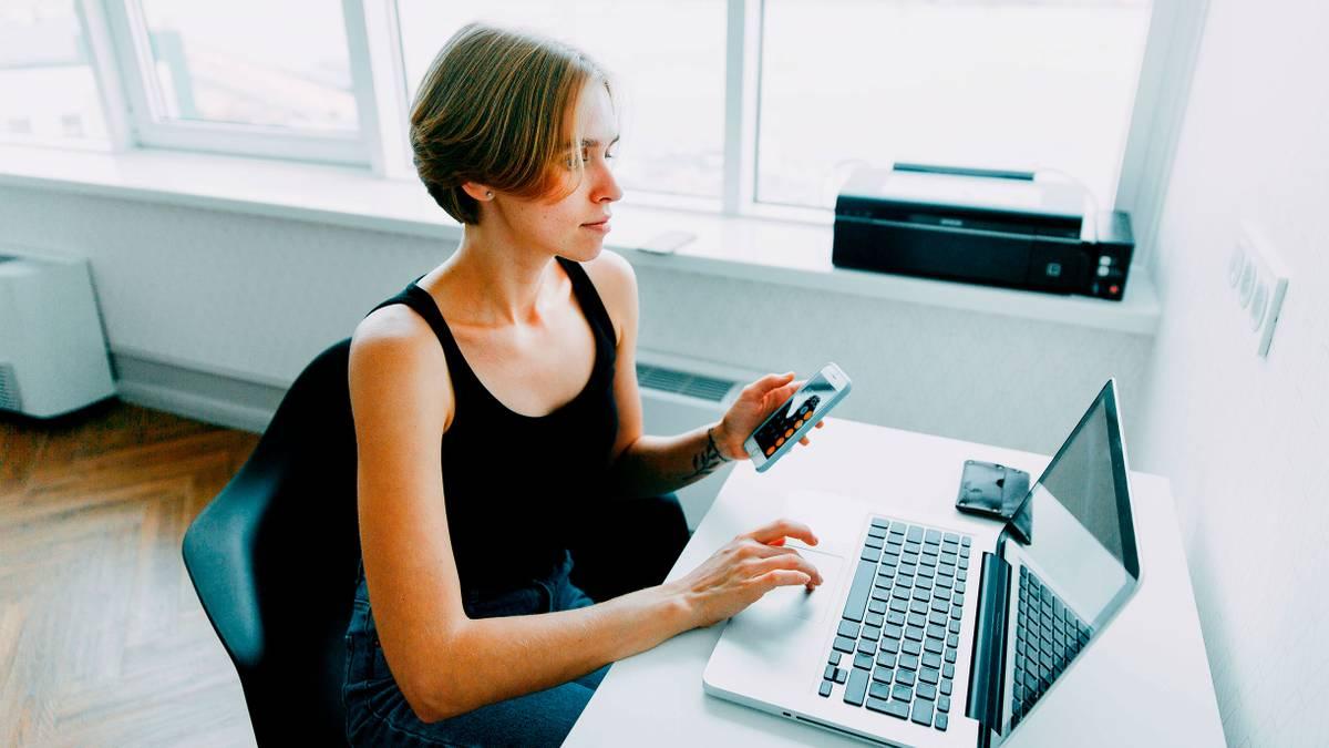Работа с обучением для девушки в москве работа для девушек в нерюнгри на