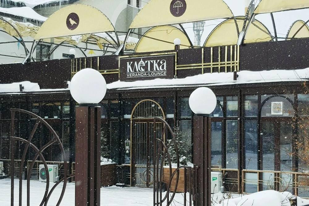 На протяжении всей пешеходной улицы Советской можно встретить кофейни. Средняя стоимость кофе с собой — 120—160<span class=ruble>Р</span>